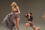 Clip hậu trường cho phân đoạn Taylor Swift múa đương đại