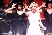 "Lady Gaga biểu diễn trên ""Saturday Night Live"" (16/11/2013)"