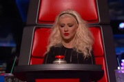 "The Voice US: ""The Thrill Is Gone"" - Mia Z"