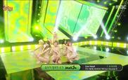 "Music Core: ""Lion Heart"" - SNSD"