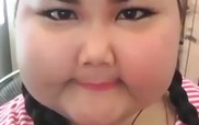 Cô gái có khuôn mặt mũm mĩm yêu nhất quả đất