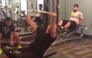 """Phòng tập Gym trở nên náo loạn khi có """"Hot girl"""""""