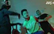 """Showbiz 101: Quỳnh Chi """"làm khó"""" Quán quân Trọng Hiếu"""