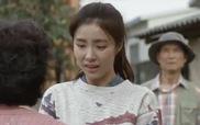 """""""Iron Man""""  tập 4: Shin Se Kyung rơi nước mắt khi nằm trong vòng tay mẹ của Han Eun Jung"""