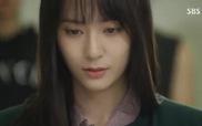 """Bi (Rain) mê đắm giọng hát của """"cô nàng đáng yêu"""" Krystal"""