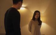 """""""Secret Love Affair"""" tập 5: Yoo Ah In và Kim Hee Ae ôm hôn nhau mãnh liệt"""