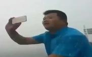 Đem iPhone ra biển quay video và cái kết...