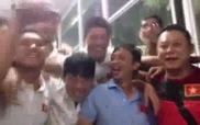 Phút chia tay đẫm nước mắt của U19 Việt Nam