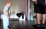 """""""Tới lượt con nhảy đây bố ơi!"""""""