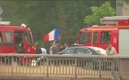 Tài xế taxi vây kín Paris trong cuộc biểu tình chống Uber