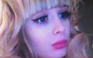 Búp bê sống nước Nga 26 tuổi xinh đẹp như thiên thần nhưng vẫn... chưa có người yêu