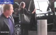 Angelina Jolie và Maddox đến sân bay rời New York