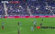 Alvaro đánh nguội Messi
