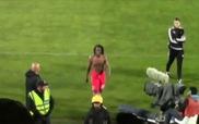 Phản ứng bá đạo của tiền vệ Benfica khi bị phân biệt chủng tộc