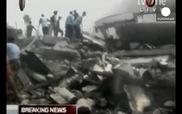 Hiện trường thảm khốc vụ máy bay rơi khiến hơn 100 người thiệt mạng tại Indonesia