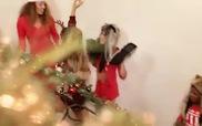 """""""Santa Tell Me"""" MV - Ariana Grande"""