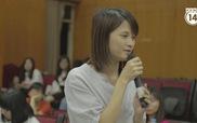 Các bạn trẻ tham dự chia sẻ thắc mắc (3)