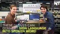 Găng tay biến ngôn ngữ cử chỉ thành lời nói