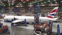 Xem quá trình lắp ráp siêu máy bay Boeing 787-9 Dreamliner trong 4 phút