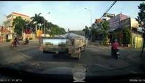 Những pha chặn đường bạo lực, gây hấn giữa tài xế Việt