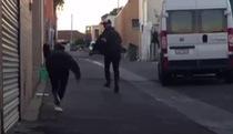 Prank kinh dị: Giết người trên phố