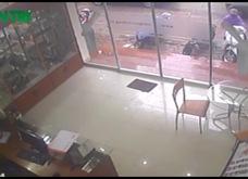 Trộm bẻ khóa, trộm xe trong tích tắc tại Hà Nội