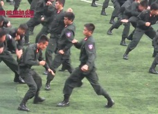 Trình diễn võ thuật cực đỉnh của các chiến sĩ CSCĐ