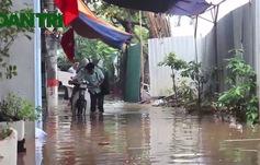 Hà Nội ngập cực nặng sau trận mưa lớn đêm qua