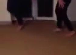Nữ sinh nhảy Con bướm xuân cực hài
