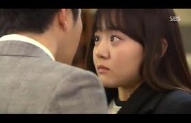 Park Shi Hoo nhảy cẫng vì được Moon Geun Young hôn