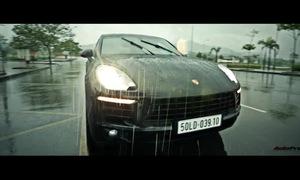 Sau vô lăng Porsche Macan
