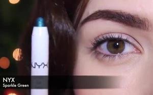Trang điểm cho đôi mắt xanh nhẹ như cây thông noel