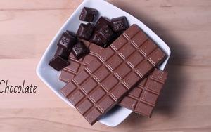 Xem cách chế biến món bánh chocolate trái dâu tuyệt ngon ngày Hè
