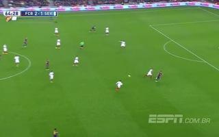 Rakitic giúp Barcelona dẫn Sevilla 3-1