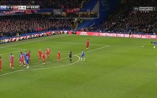 Ivanovic đưa Chelsea vào chung kết