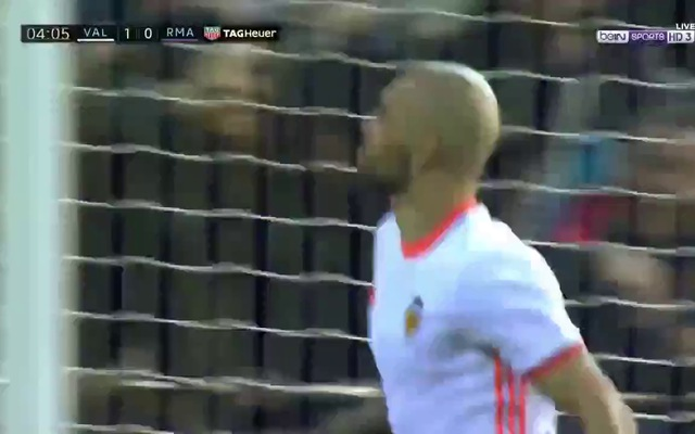 Real Madrid gục ngã trước Valencia tại Mestalla