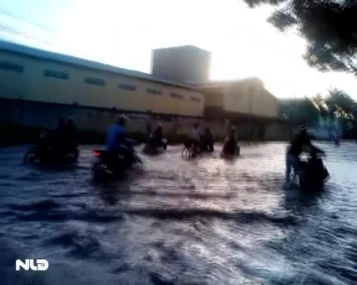 Cần Thơ: Ngập úng tại khu công nghiệp Trà Nóc