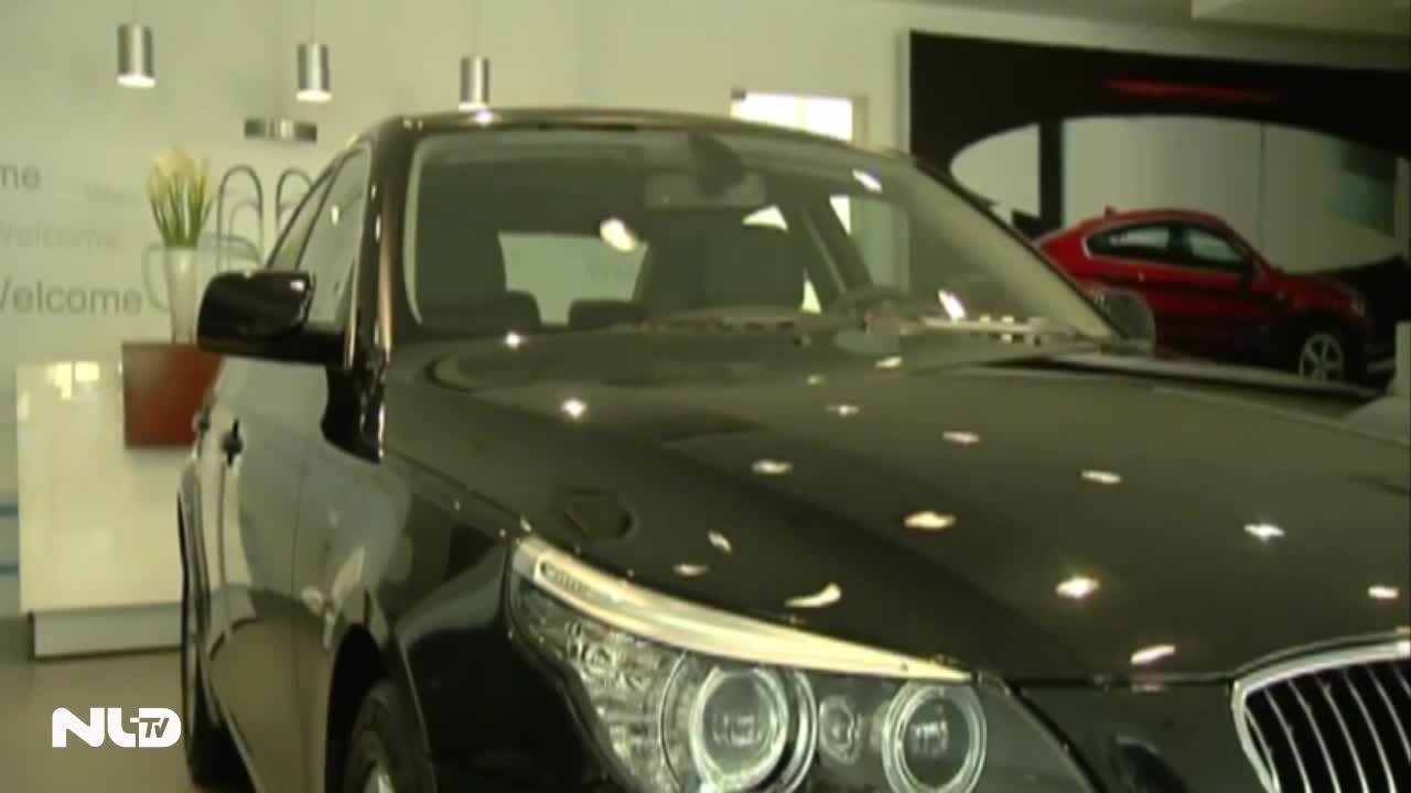 Phí đăng ký ô tô tăng lên gấp 5 lần