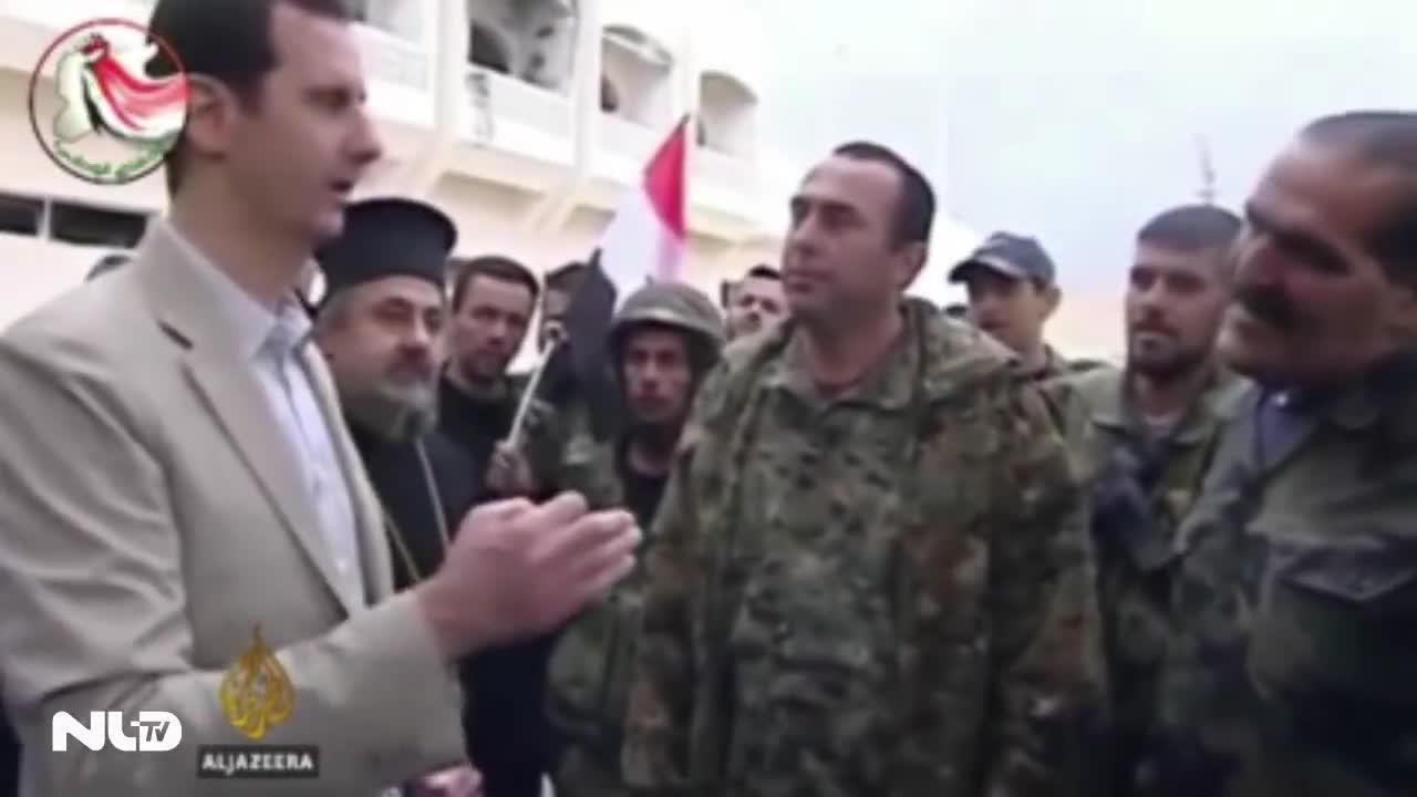 Hơn 700 quân nổi dậy, tội phạm đầu hàng chính phủ Syria