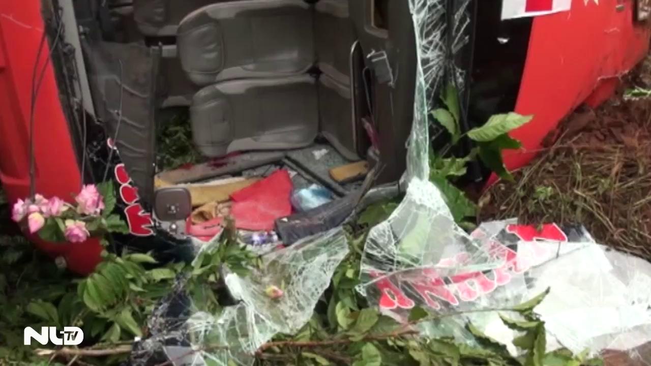 Tai nạn nghiêm trọng trên đường Hồ Chí Minh, 14 người bị thương