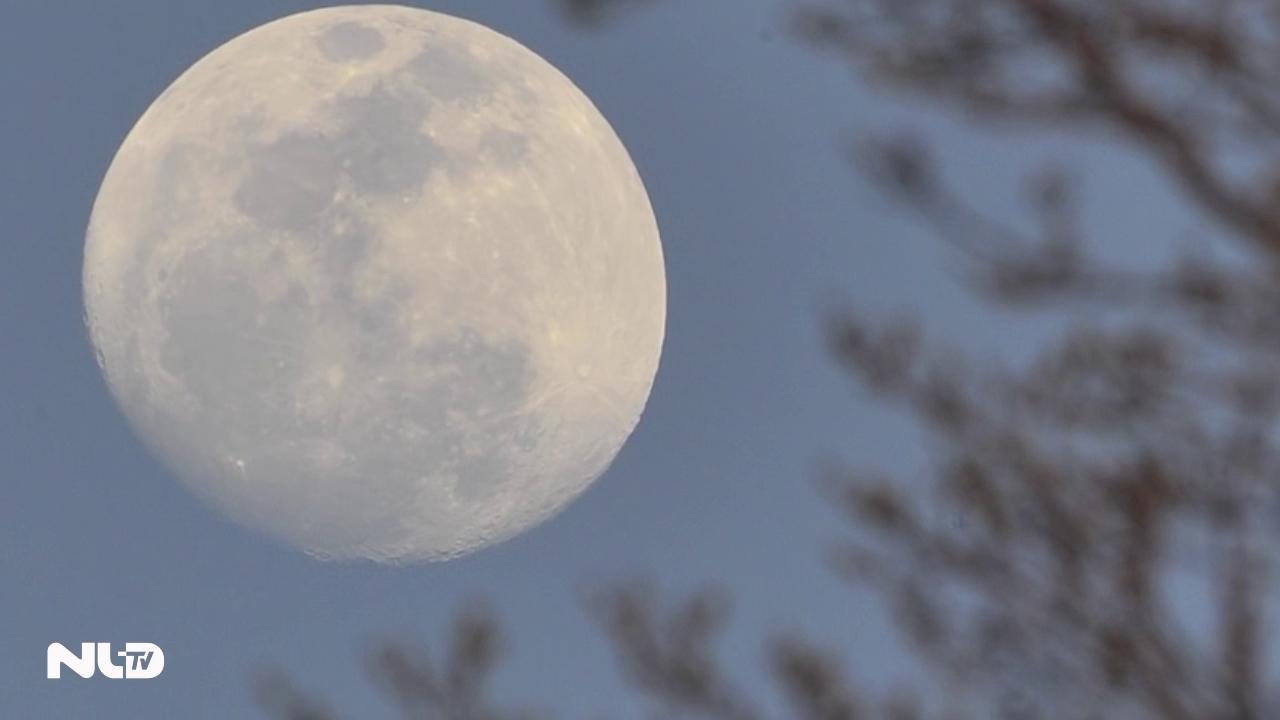20 giờ 52 phút tối nay, mời bạn ngắm siêu trăng tuyệt đẹp