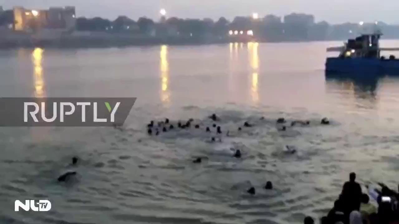 Lật thuyền trên sông Hằng, hơn 20 người chết