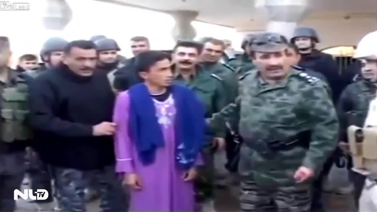 Phiến quân IS bị tóm khi đang giả gái đào ngũ