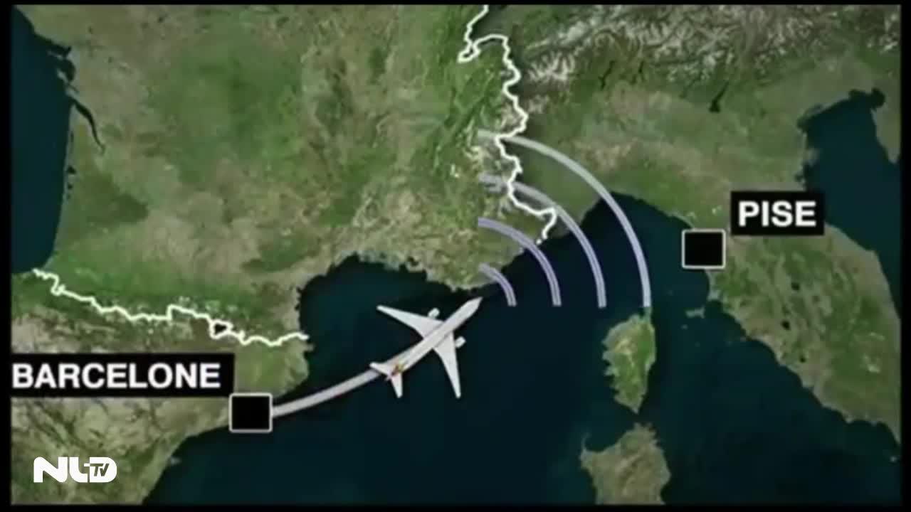 Cơ phó điều khiển máy bay đâm vào núi dụ cơ trưởng đi vệ sinh