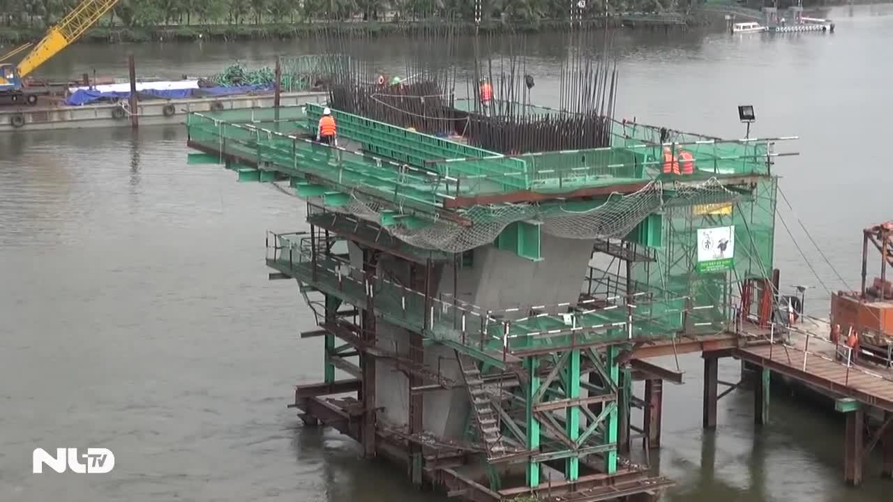 Xây dựng nhánh metro nối sân bay Tân Sơn Nhất