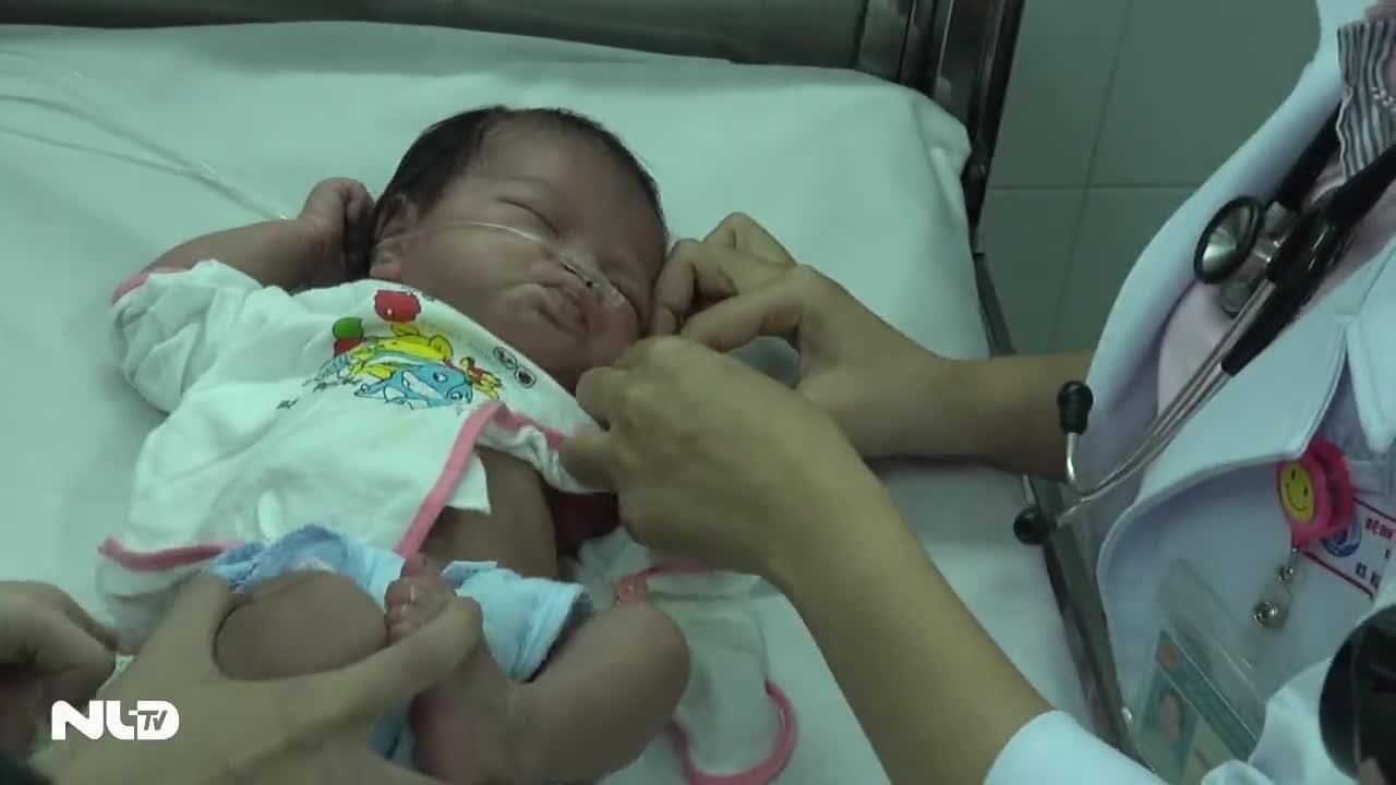 Bé sơ sinh bị quăng xuống giếng ở Gia Lai đã có người nuôi dưỡng