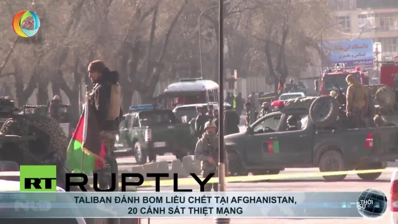 Taliban đánh bom liều chết tại Afghanistan, 20 cảnh sát thiệt mạng