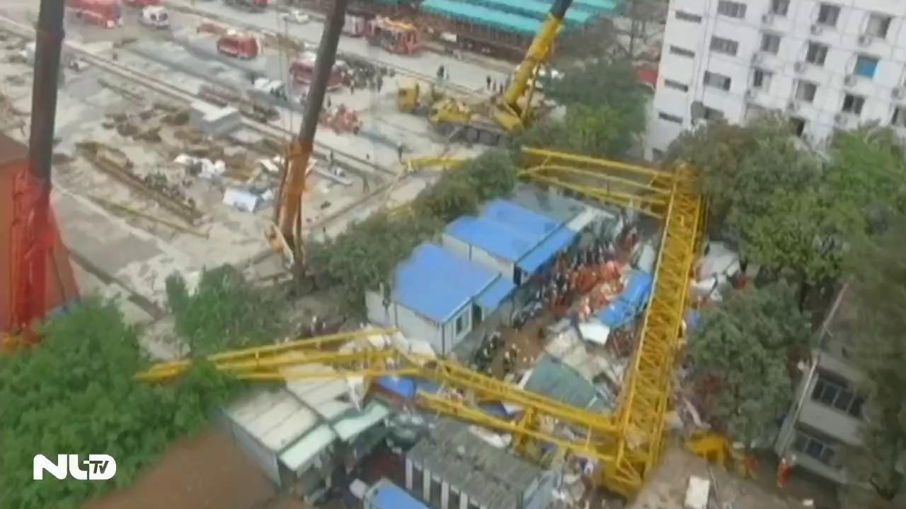 Sập cần cẩu ở Trung Quốc, ít nhất 12 người chết