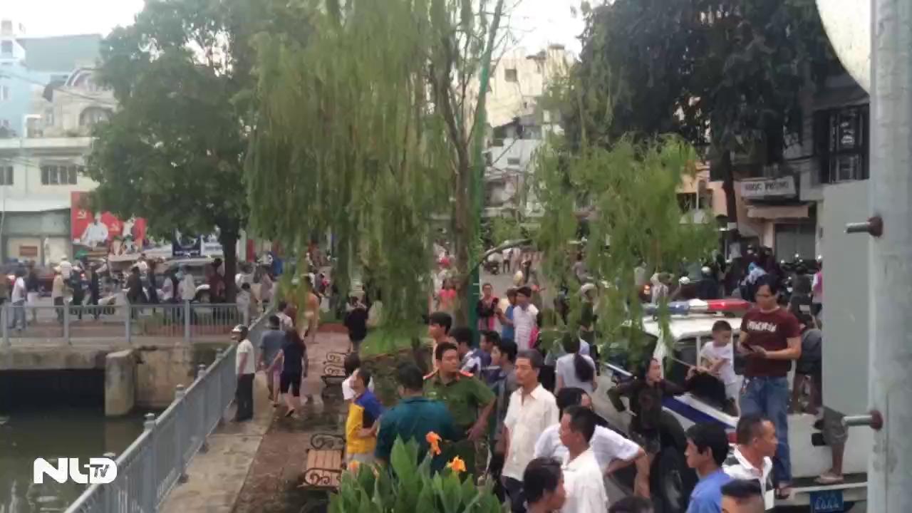 Một người đàn ông nhảy kênh Nhiêu Lộc tự tử