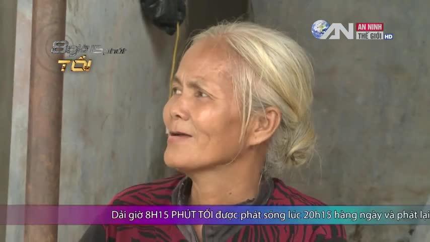 Bà bán chuối đậu 55 tuổi đỗ cử nhân luật